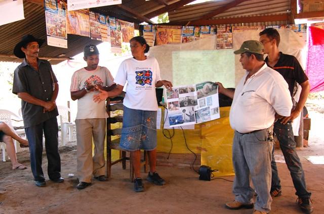 Grupo apresenta ideias sobre agronegócio Crédito: Arquivo Repórter Brasil
